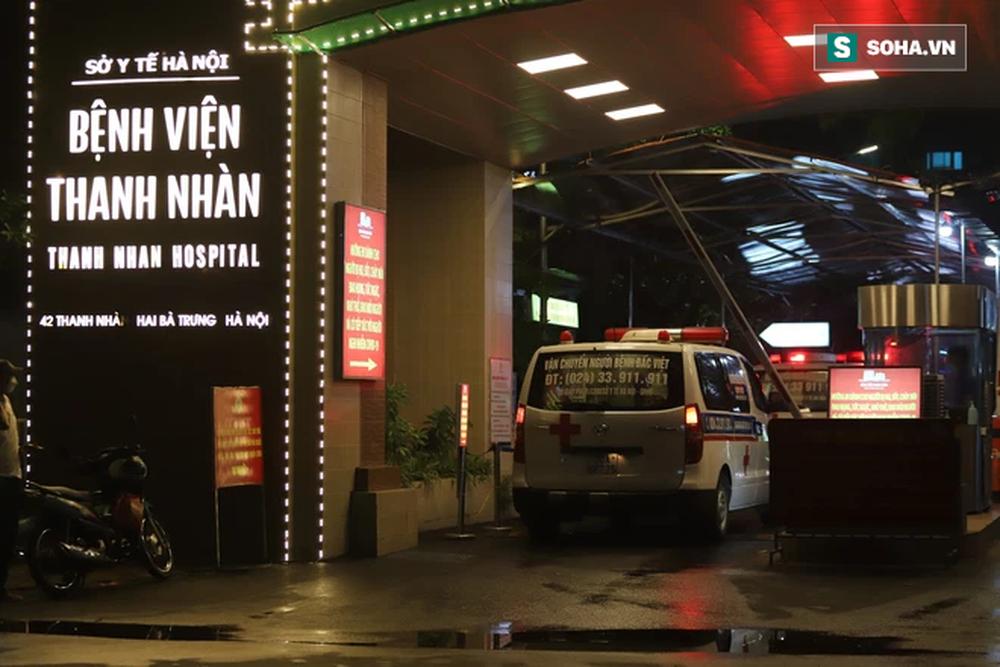 PGĐ Bệnh viện Thanh Nhàn thông tin tình hình sức khoẻ của bệnh nhân chuyển từ Bệnh viện Việt Đức - Ảnh 1.