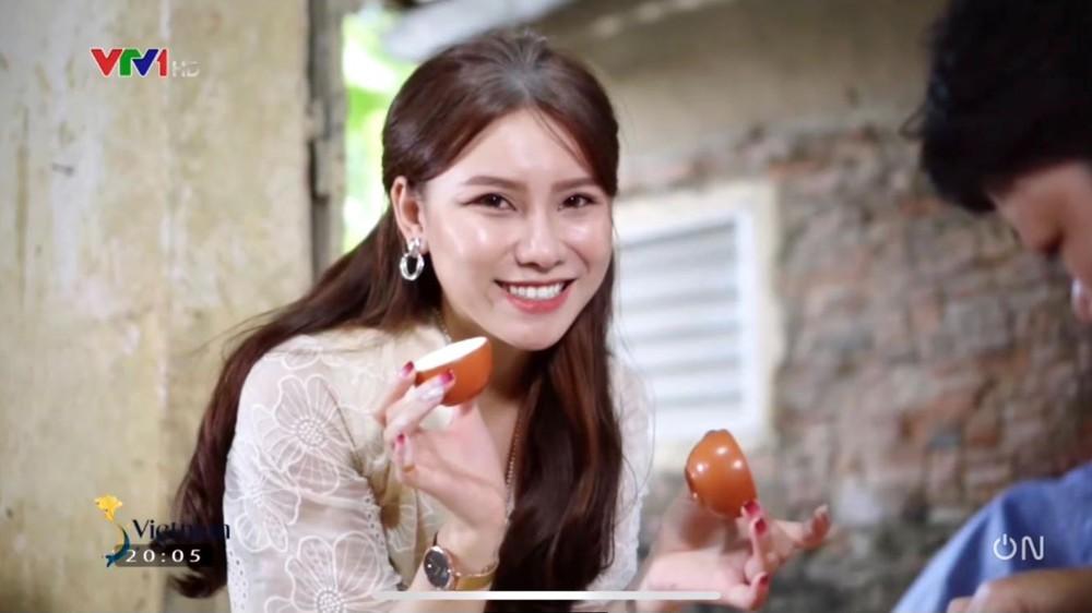 Nữ MC xinh đẹp dành tình cảm đặc biệt tới Văn Thanh, dự đoán sốc trận đấu của ĐT Việt Nam - Ảnh 2.
