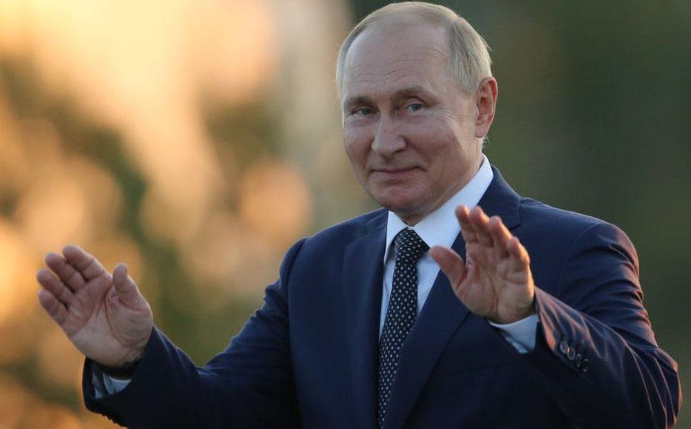 Giá khí đốt cao ngất ngưởng, châu Âu hoảng loạn: Ông Putin sẵn lòng ứng cứu... với một điều kiện?