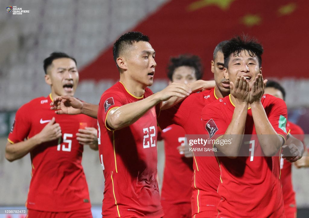 Fan Trung Quốc thấy xấu hổ khi thầy trò Li Tie thắng hiểm, khen Việt Nam ngày càng hay - Ảnh 2.