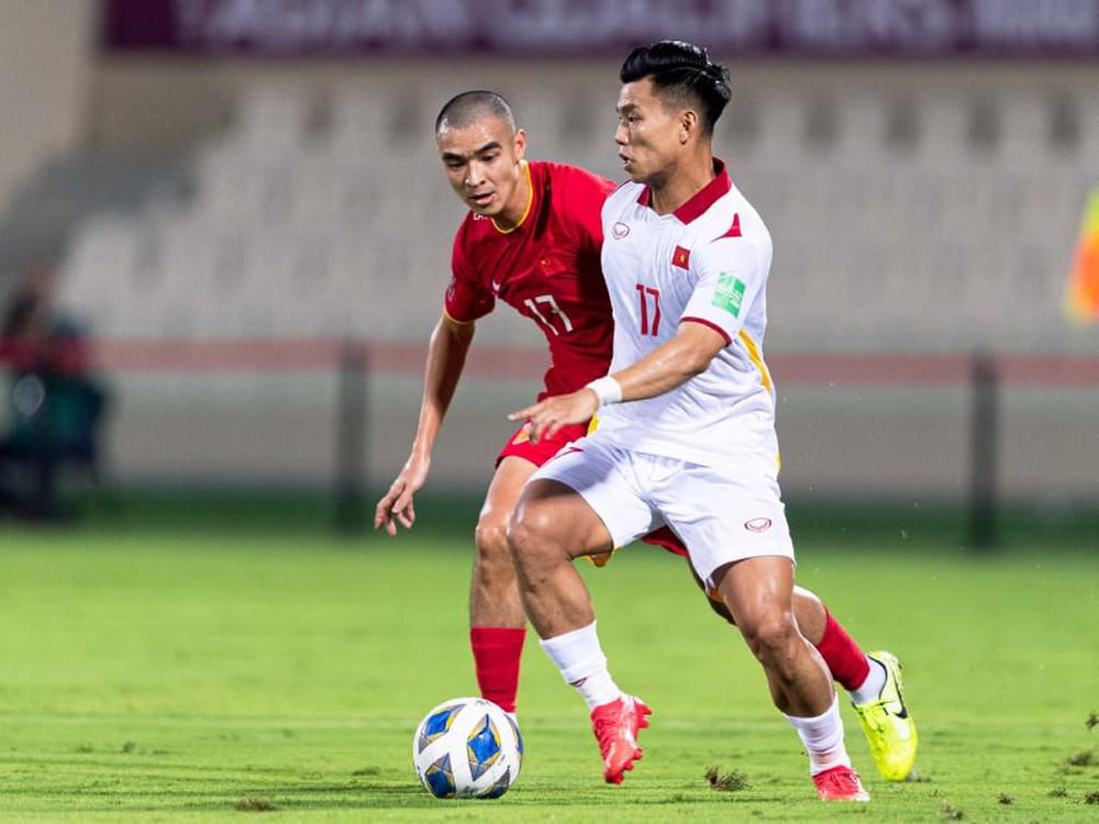 ĐT Việt Nam bị FIFA trừ điểm nặng sau trận thua Trung Quốc, có nguy cơ mất ngôi vào tay Thái Lan - Ảnh 1.