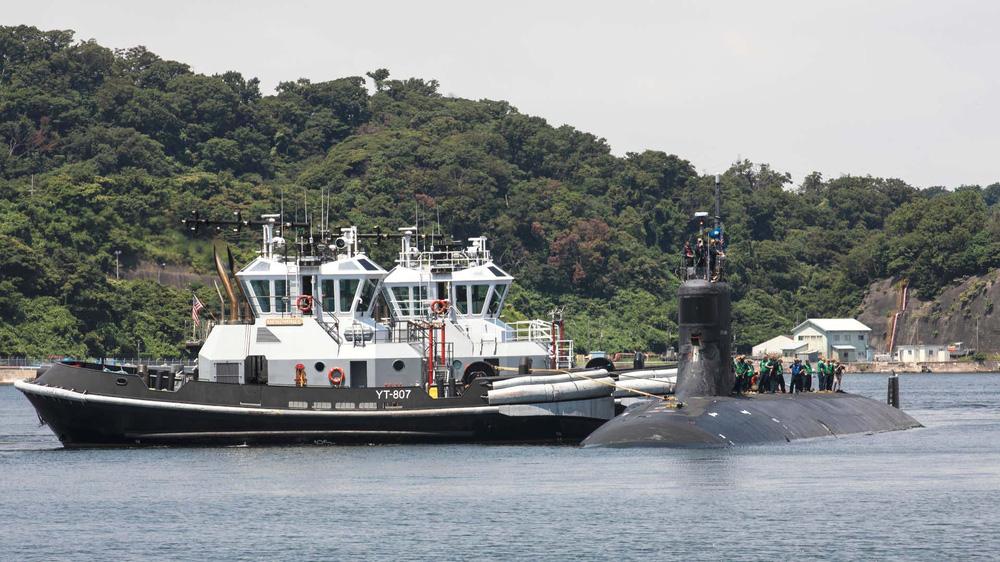 NÓNG: Tàu ngầm tấn công hạt nhân Hải Quân Mỹ gặp nạn ở Biển Đông, rất nhiều thủy thủ bị thương - Ảnh 1.