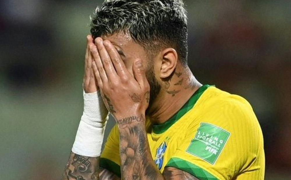 Vắng Neymar, Brazil chật vật ngược dòng đánh bại đội tuyển bét bảng tại vòng loại World Cup Nam Mỹ