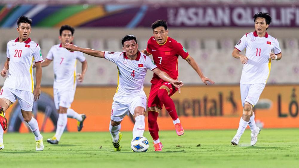 HLV Park Hang-seo: Đội tuyển Việt Nam thay hậu vệ quá vội, đó là lỗi của tôi - Ảnh 2.