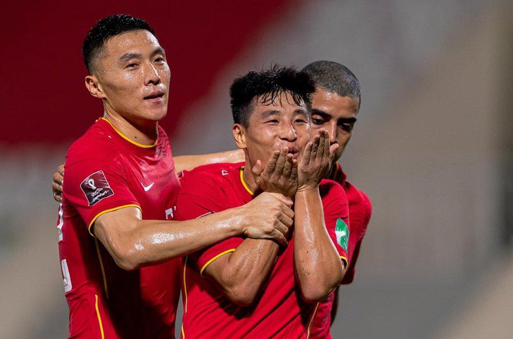 ĐT Việt Nam không kém cạnh gì Trung Quốc, nhưng trận thua này cũng là bài học đau đớn - Ảnh 2.