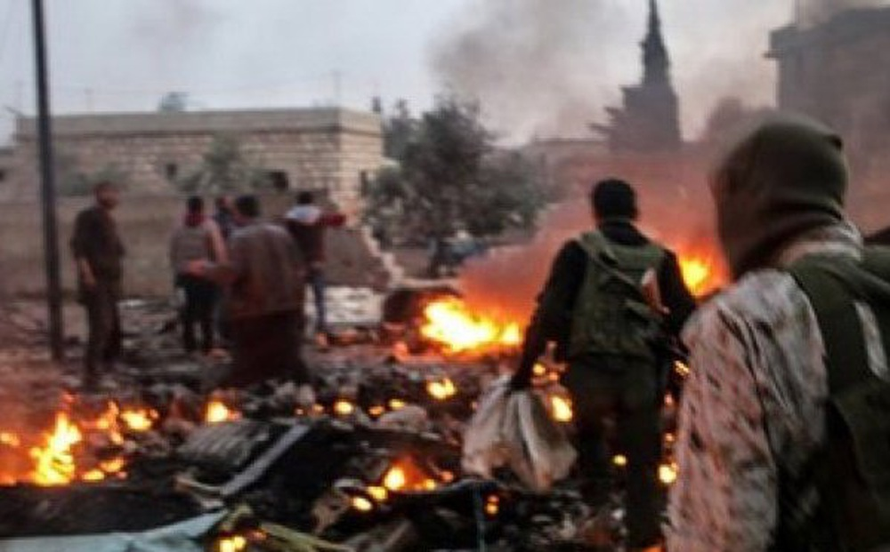 Clip: Điên cuồng trỗi dậy, IS chết chìm trong đạn trực thăng Nga ở Syria