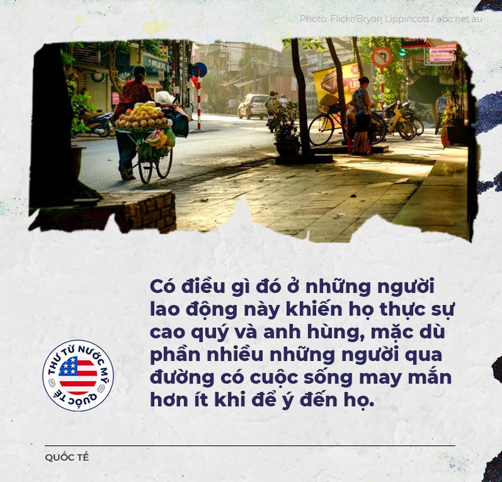 Thư từ nước Mỹ: Những người anh hùng đạp xe cà tàng trên đường phố Hà Nội - Ảnh 1.
