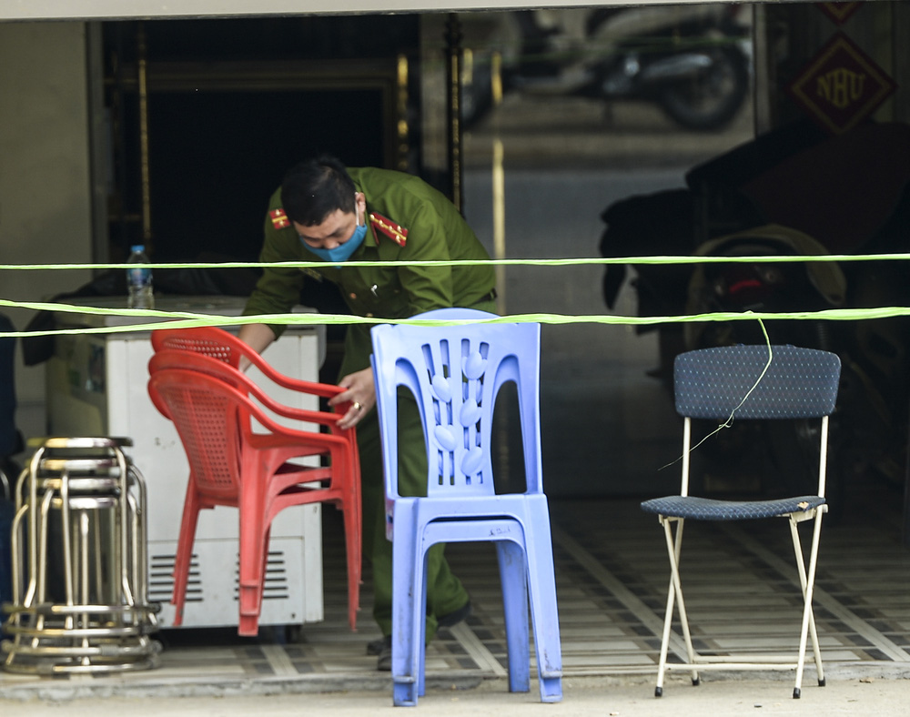 Xác định danh tính 3 người chết, 5 bị thương trong vụ truy sát ở Hoà Bình - Ảnh 1.