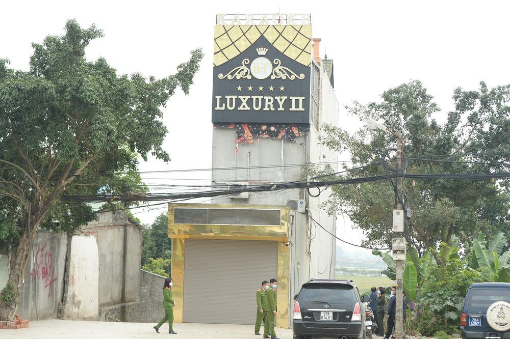 Danh tính nghi phạm đâm 3 người chết, 5 người bị thương tại quán karaoke ở Hoà Bình - Ảnh 1.
