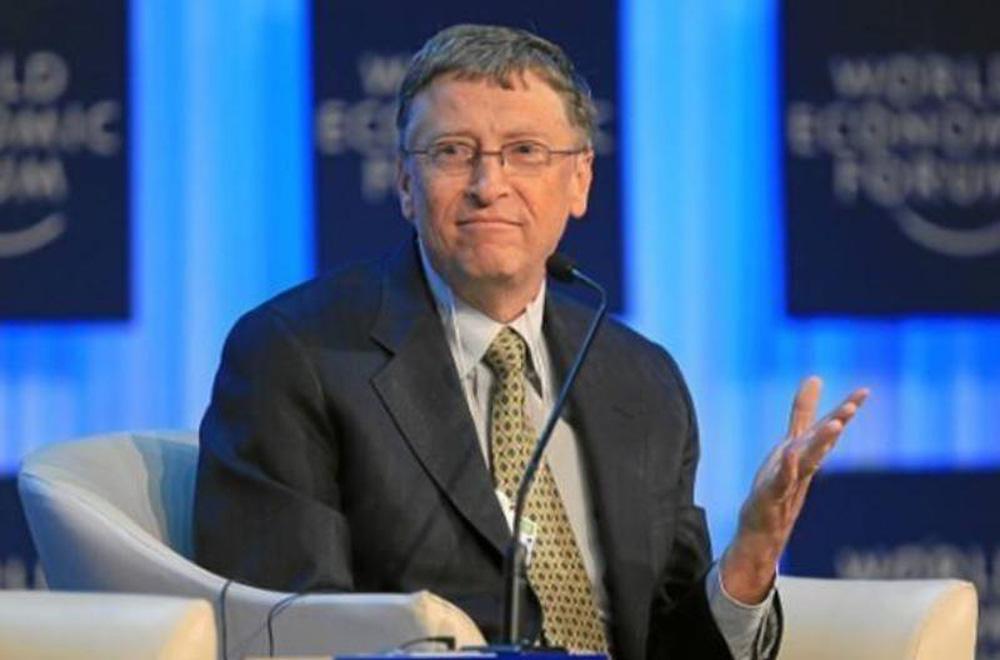 Tỉ phú Bill Gates đưa ra nhận định về cách mà con người cần làm để ngăn chặn sự đột biến của Covid-19 - Ảnh 1.