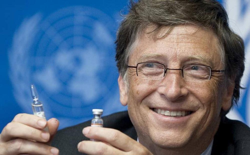 Tỉ phú Bill Gates đưa ra nhận định về cách mà con người cần làm để ngăn chặn sự đột biến của Covid-19
