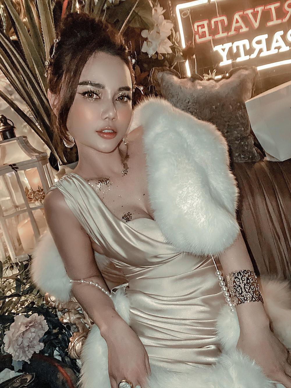Nhan sắc nữ diễn viên Cả một đời ân oán Hồng Phương ở tuổi 38 - Ảnh 2.