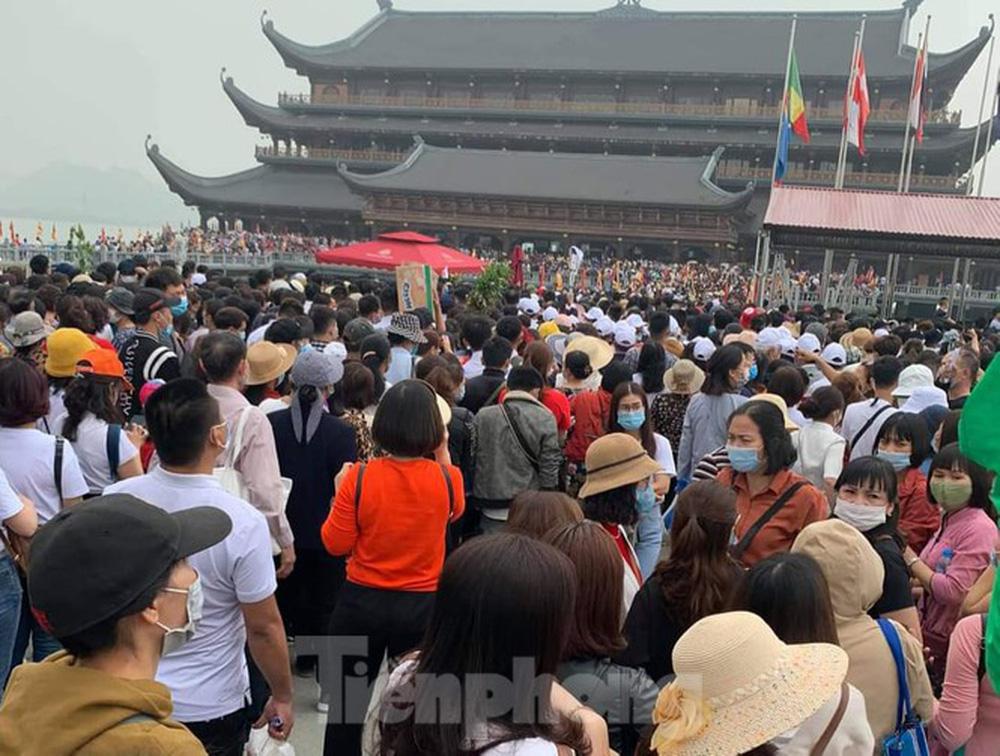 Tỉnh Hà Nam chỉ đạo kiểm tra công tác phòng chống dịch tại chùa Tam Chúc - Ảnh 1.