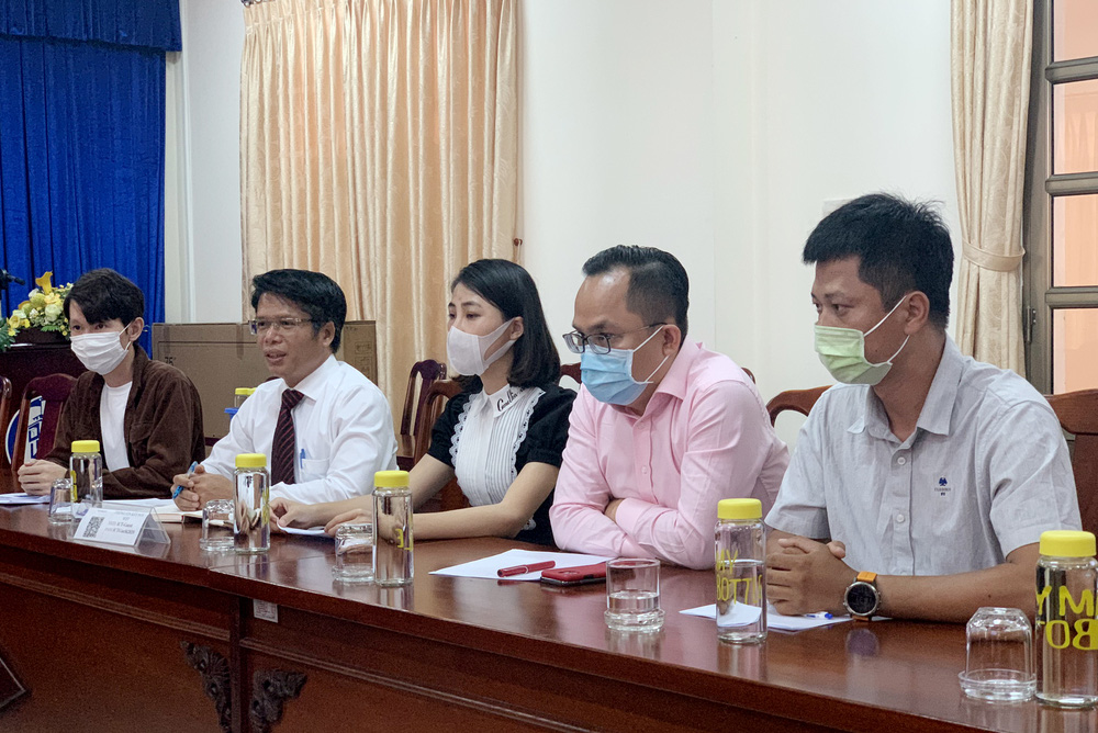 """Youtuber Thơ Nguyễn đến làm việc với công an, Thanh tra Sở nhưng """"kêu"""" mệt, xin về nghỉ - Ảnh 1."""