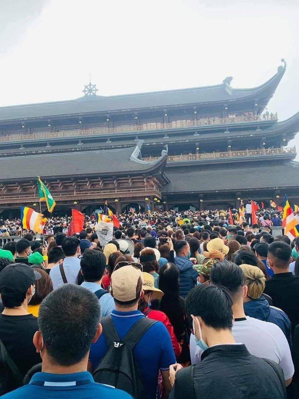 Sau việc biển người ở chùa Tam Chúc, Bộ Văn hoá, Giáo hội Phật giáo chỉ đạo gấp phòng, chống dịch Covid-19 - Ảnh 3.