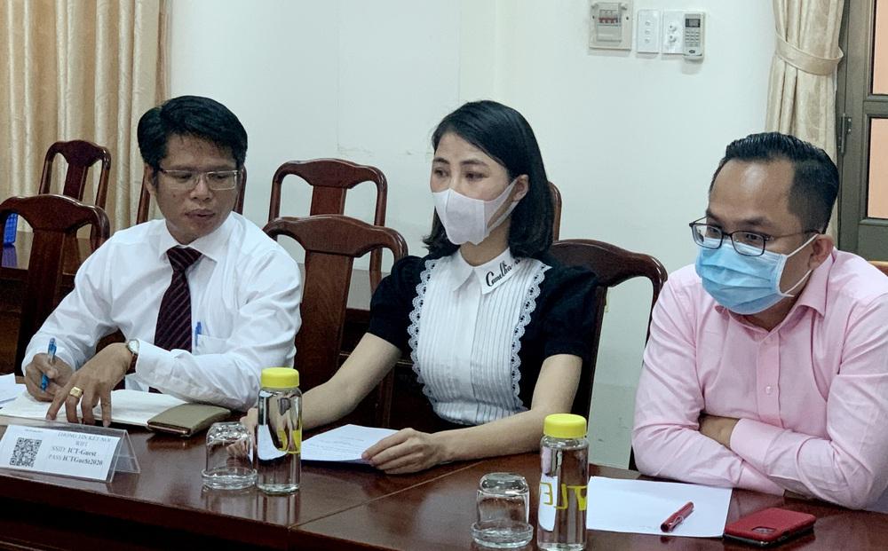 """Youtuber Thơ Nguyễn đến làm việc với công an, Thanh tra Sở nhưng """"kêu"""" mệt, xin về nghỉ"""
