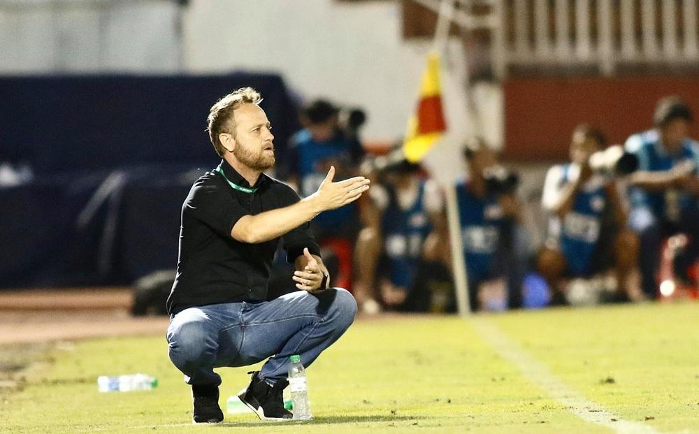 KẾT THÚC CLB TP.HCM 1-0 Sài Gòn FC: Penalty đầy kịch tính phút cuối, Lee Nguyễn tỏa sáng ghi bàn