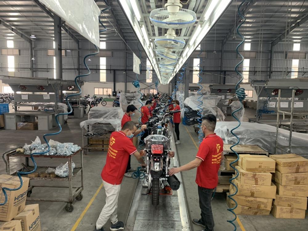 Lộ diện ngựa sắt na ná huyền thoại tay côn Honda CG125, lắp ráp tại Việt Nam, giá cực rẻ - Ảnh 3.