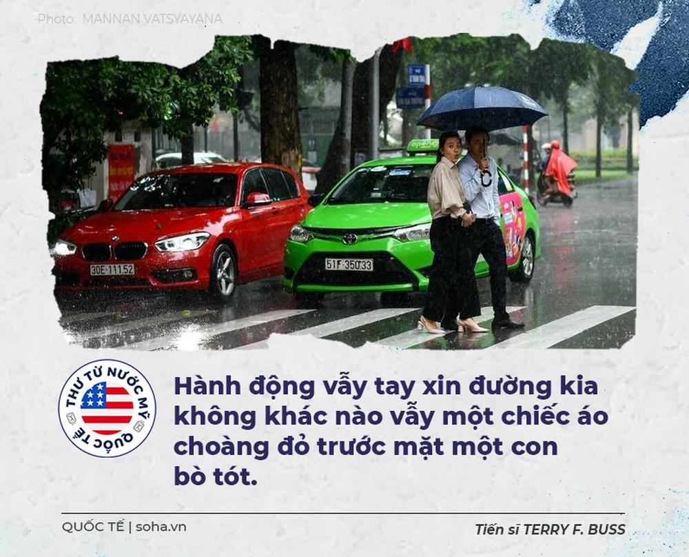 Thư từ nước Mỹ: Thế giới huyền bí và đầy bất ngờ trong một chiếc taxi ở Hà Nội - Ảnh 8.