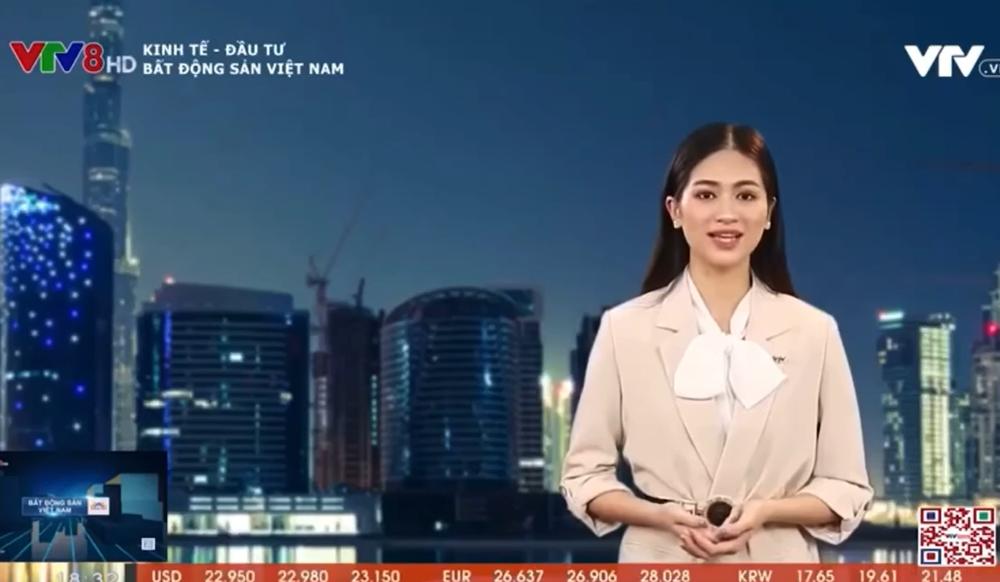 Cận cảnh nhan sắc người đẹp Hoa hậu Việt Nam dẫn bản tin VTV - Ảnh 1.