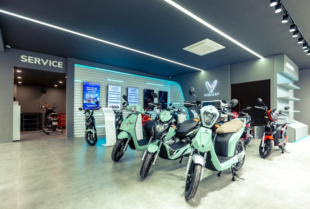 """Bên trong loạt showroom xe máy điện VinFast kết hợp trung tâm trải nghiệm Vin3S """"xịn xò"""" - Ảnh 6."""