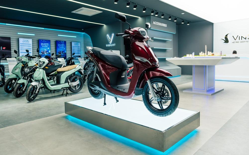 """Bên trong loạt showroom xe máy điện VinFast kết hợp trung tâm trải nghiệm Vin3S """"xịn xò"""""""