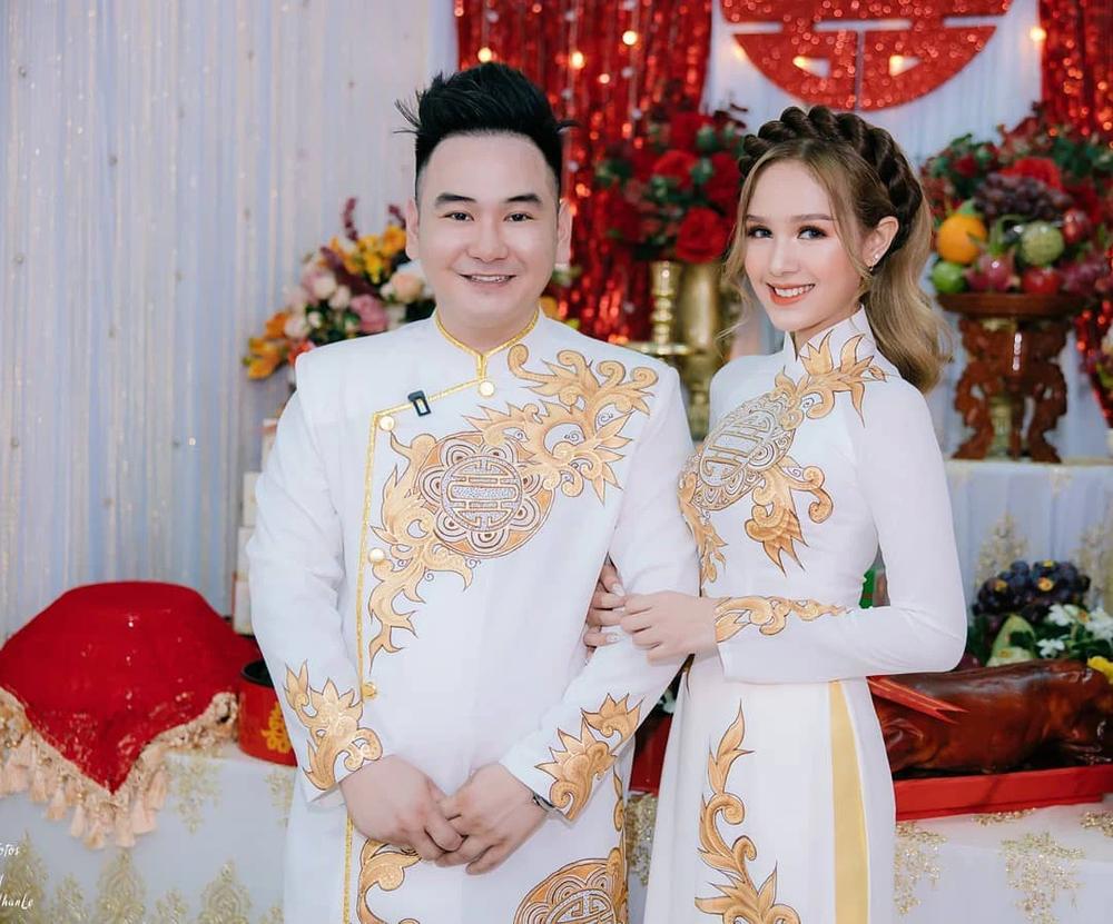 Sau đám cưới chục tỷ, vợ chồng streamer đại gia giàu nhất Việt Nam tố tật xấu của nhau - Ảnh 3.