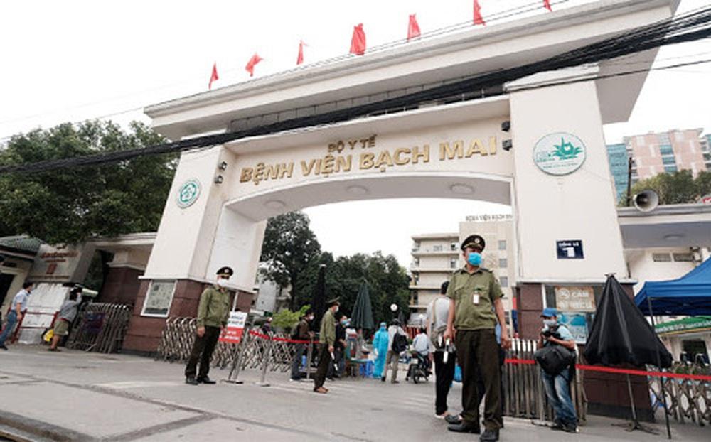 Bệnh viện Bạch Mai lý giải nguyên nhân chính khiến hơn 200 cán bộ, bác sĩ xin nghỉ việc