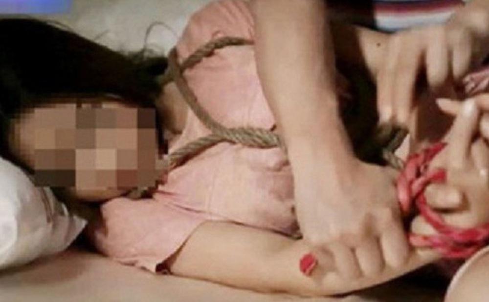 Ấn Độ: Con gái bị cưỡng hiếp suốt 8 tháng, cha giết cả gia đình 6 người nhà hàng xóm gồm cả trẻ sơ sinh để trả thù