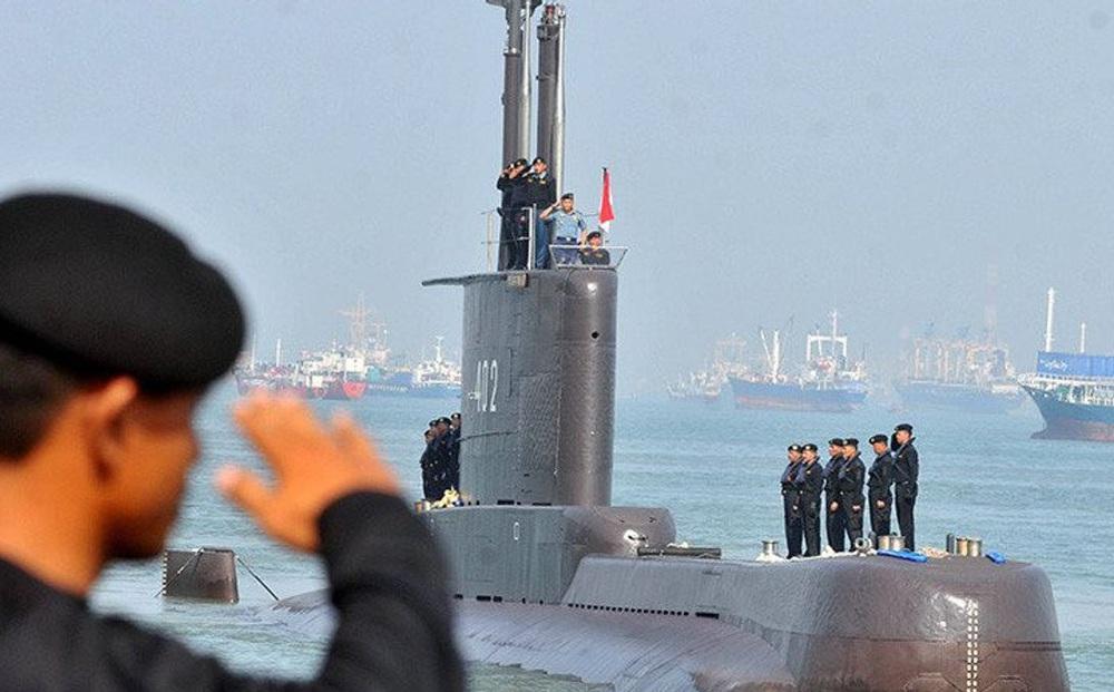 """NÓNG: Lời thông báo """"ớn lạnh"""" của Đô đốc Yudo Margono về tàu ngầm Indonesia mất tích"""