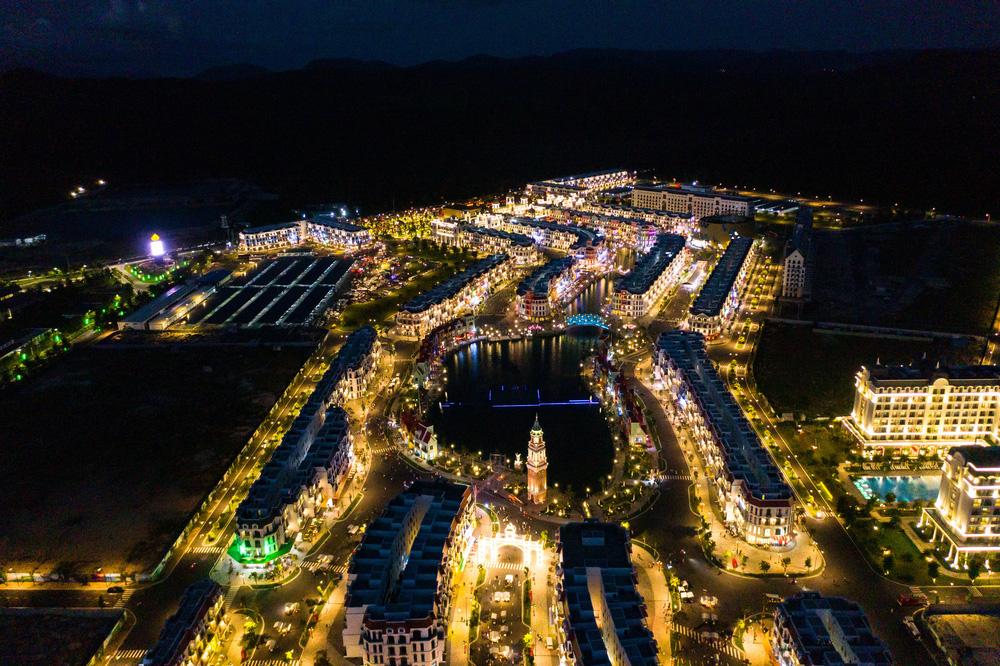 Bên trong siêu quần thể xịn xò tại Phú Quốc cảnh đẹp ngang ngửa đẳng cấp Las Vegas - Ảnh 13.