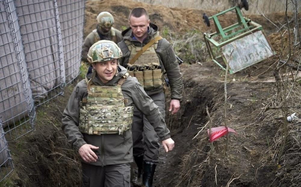 Phe ly khai miền Đông Ukraine cáo buộc chính phủ vi phạm ngừng bắn, nã pháo nhiều lần