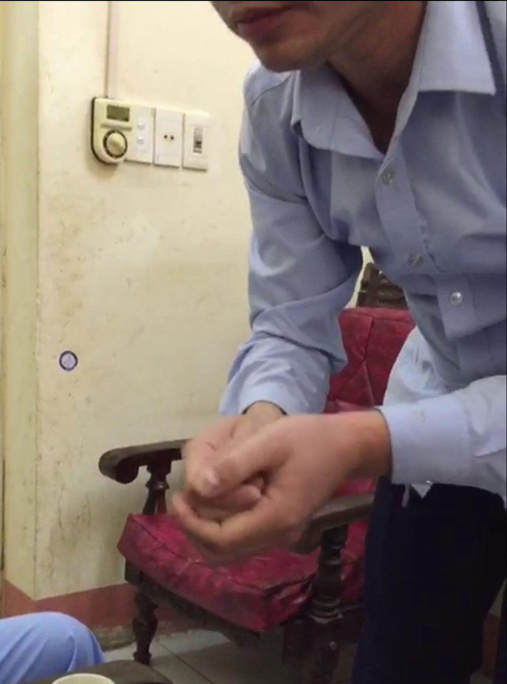 Bác sĩ ở Thái Nguyên bị tố chốt cửa, sàm sỡ thiếu nữ 16 tuổi ngay trong phòng bệnh - Ảnh 1.