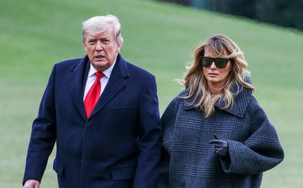 Hóa ra tin đồn cựu Tổng thống Mỹ Donald Trump và phu nhân ngủ riêng phòng là có thật, nhưng lý do đằng sau lại khác xa đồn đoán