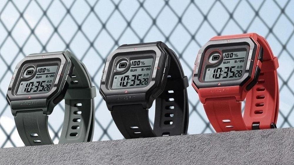 Giá đồng hồ thông minh giảm sốc trong dịp lễ, chiếc 600.000 đồng pin trâu 28 ngày - Ảnh 1.