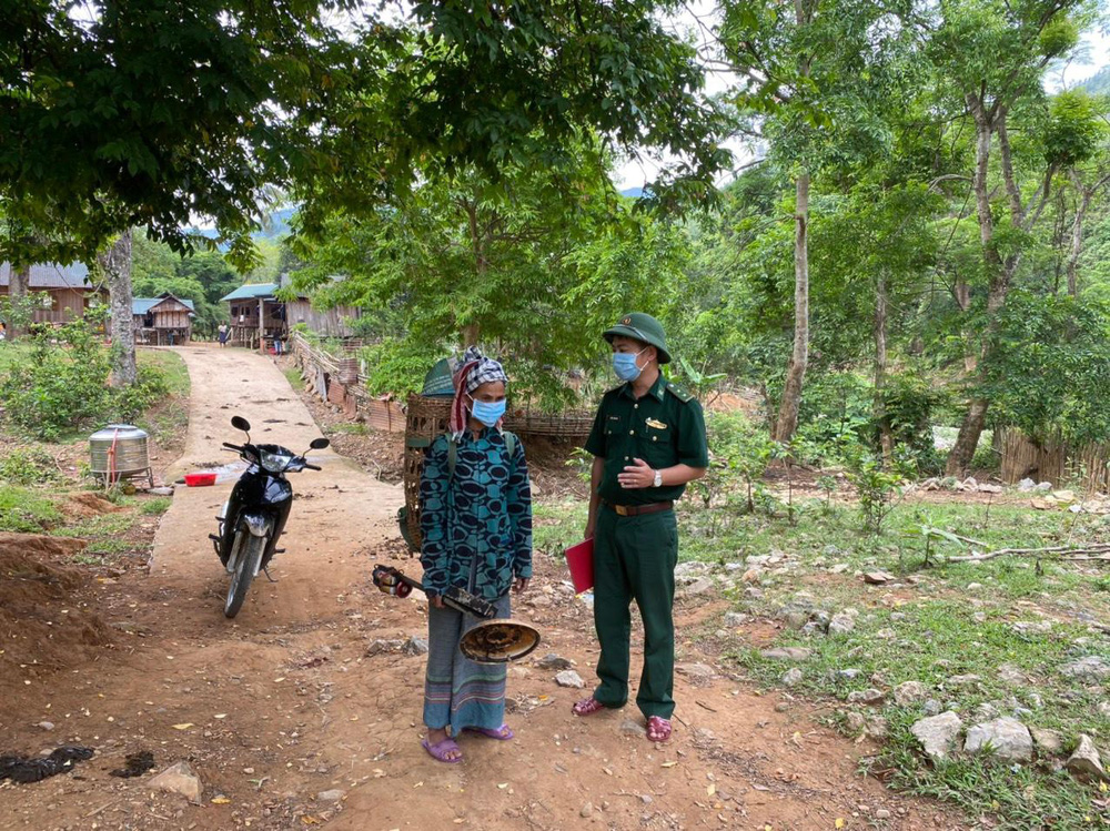 Lập vành đai chống dịch COVID-19 ở biên giới Việt - Lào - Ảnh 2.