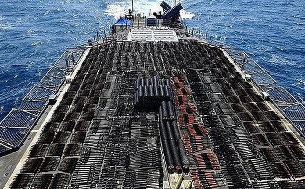 Hải quân Mỹ bắt giữ số lượng lớn vũ khí do Nga, Trung Quốc chế tạo