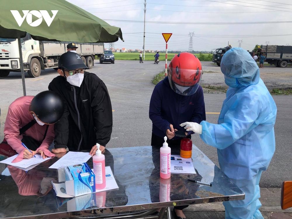 Bắc Ninh chuẩn bị lập 2 bệnh viện dã chiến tại huyện Tiên Du và Gia Bình - Ảnh 1.