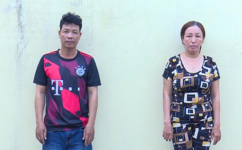 CLIP: Công an giải cứu đôi nam nữ bị đánh, cột vào gốc cây