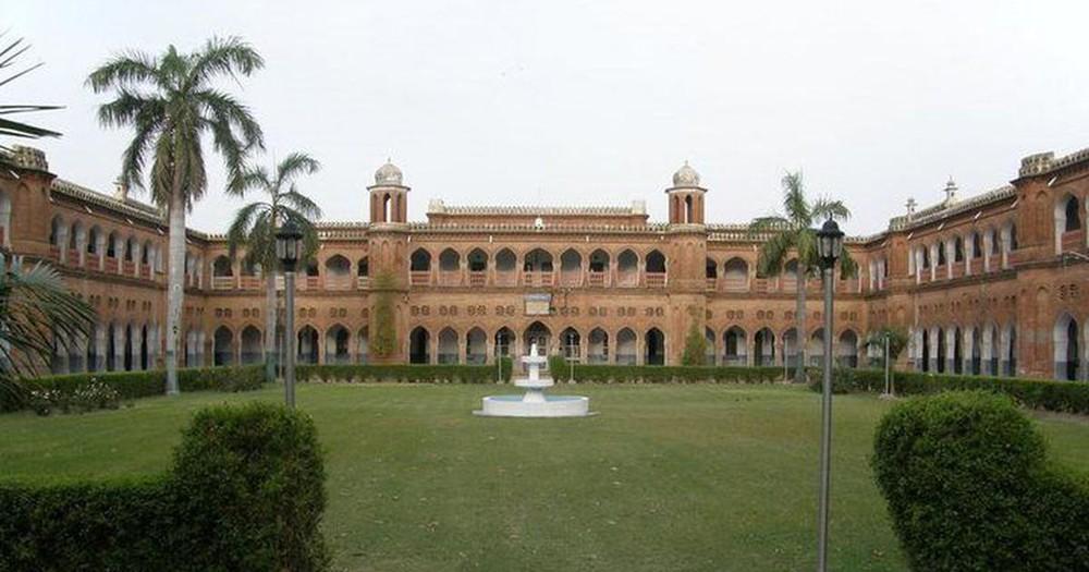 Sốc: 34 giáo sư trường đại học 100 năm tuổi ở Ấn Độ tử vong do Covid-19, phó hiệu trưởng viết thư cầu cứu - Ảnh 4.