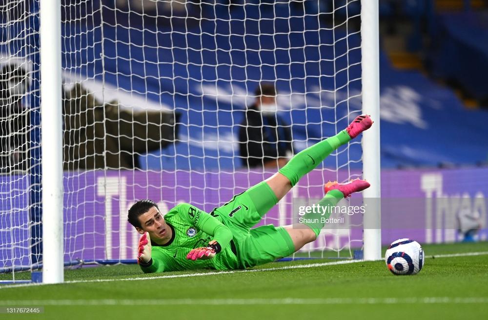 Cuộc đua top 4 Premier League có biến động bất ngờ; Messi và đồng đội nhận thêm tin sét đánh - Ảnh 2.