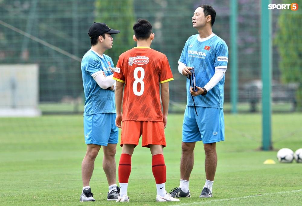 Sao trẻ từng khiến V.League phát cuồng của U22 Việt Nam được chú ý đặc biệt - Ảnh 2.