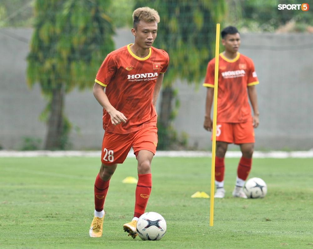 Sao trẻ từng khiến V.League phát cuồng của U22 Việt Nam được chú ý đặc biệt - Ảnh 9.