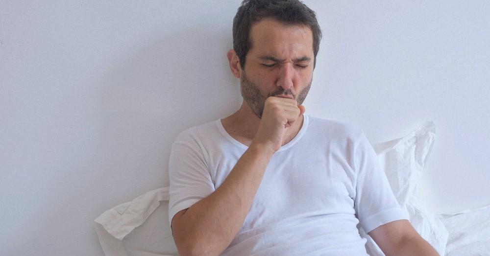 Tất cả triệu chứng COVID-19 bạn cần biết: Cách phân biệt với cảm cúm, cảm lạnh - Ảnh 1.