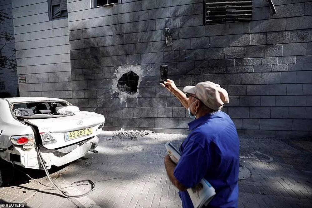 Hứng 2.000 quả rocket của Hamas, vùng biên Israel hóa thị trấn ma - Ảnh 15.