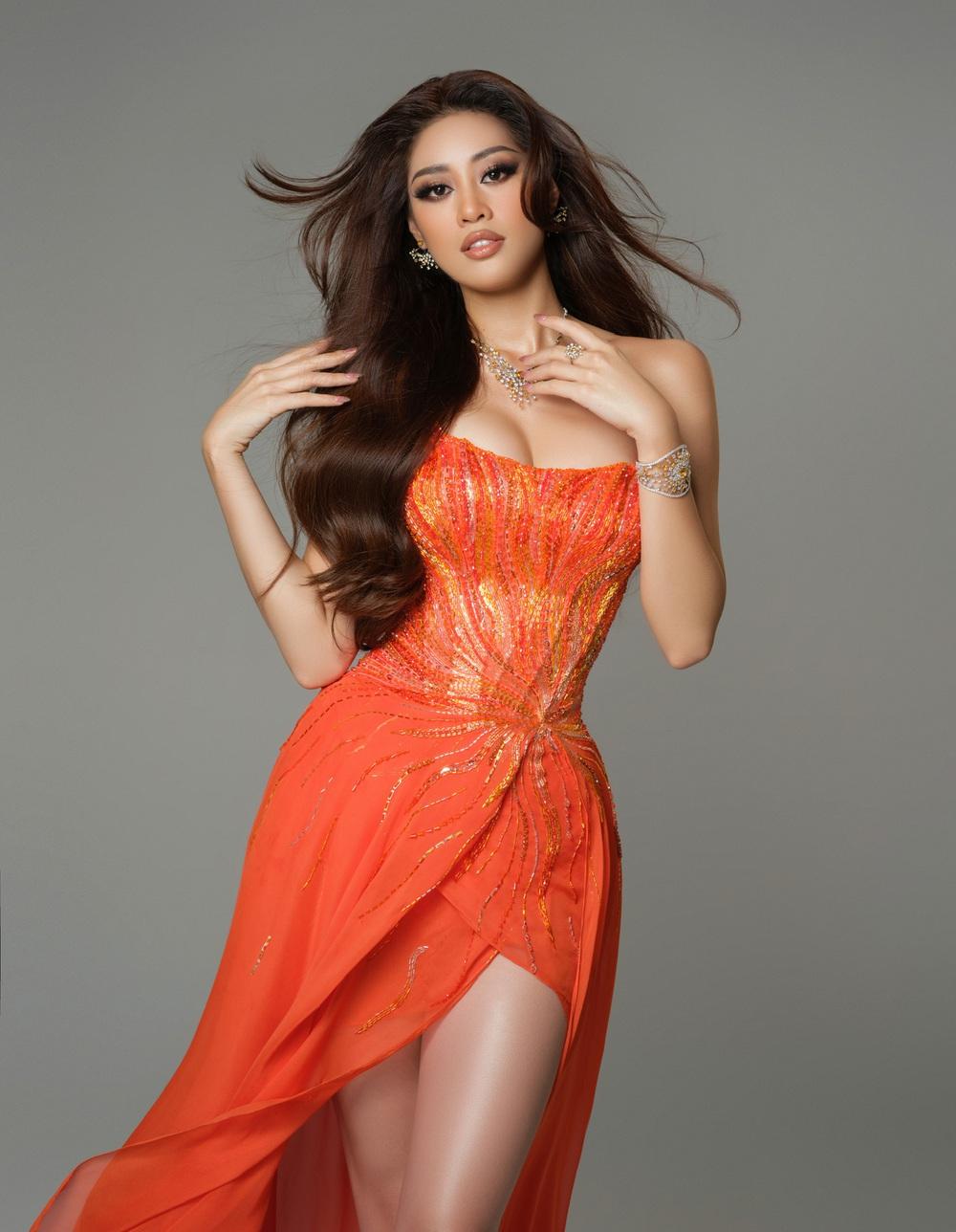 Cận cảnh bộ đồ nóng bỏng, gây ấn tượng mạnh của Khánh Vân trên sân khấu bán kết Hoa hậu Hoàn vũ Thế giới 2020 - Ảnh 7.