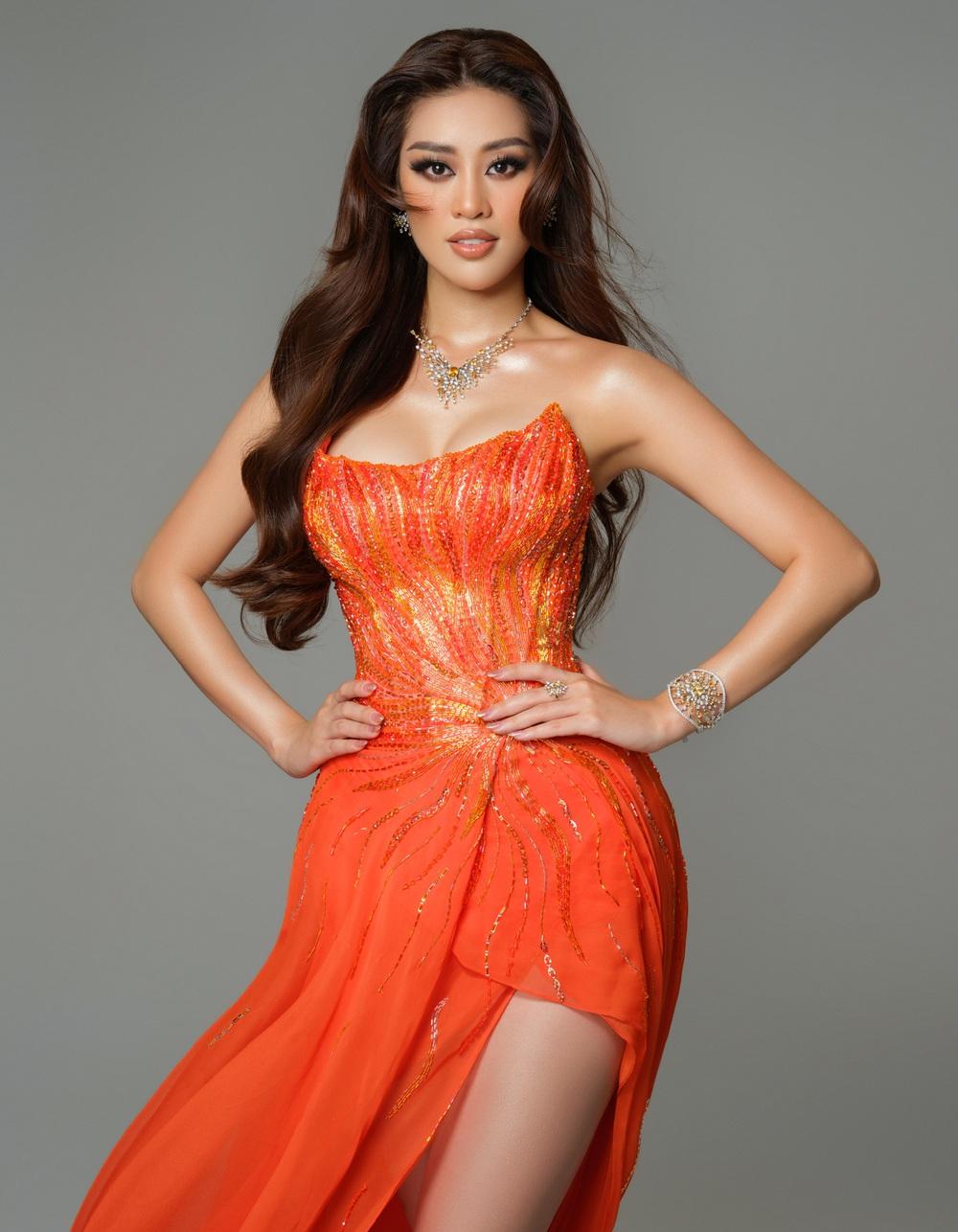 Cận cảnh bộ đồ nóng bỏng, gây ấn tượng mạnh của Khánh Vân trên sân khấu bán kết Hoa hậu Hoàn vũ Thế giới 2020 - Ảnh 6.