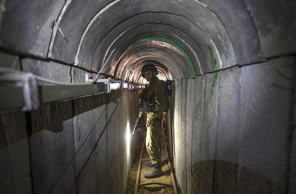 Ảnh: Mạng lưới đường hầm phong trào Hamas dựng để qua mặt Israel - Ảnh 2.