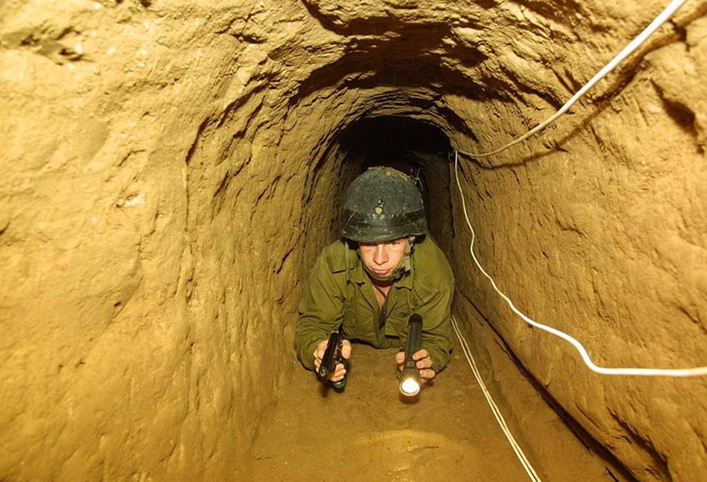 Ảnh: Mạng lưới đường hầm phong trào Hamas dựng để qua mặt Israel - Ảnh 7.