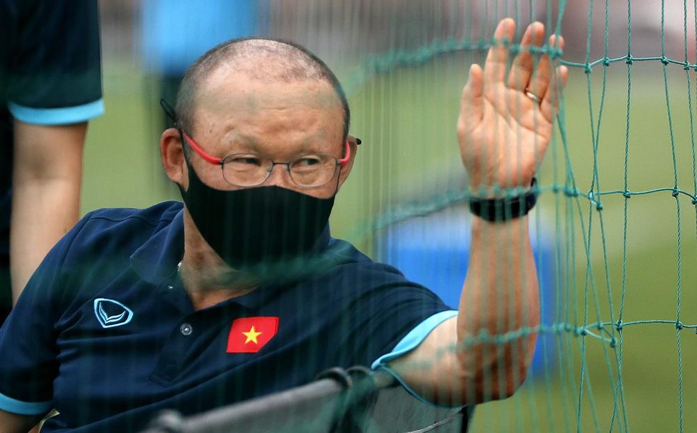 Thầy cũ của Lukaku sẽ giúp HLV Park Hang-seo lấy được thông tin tuyệt mật từ UAE?